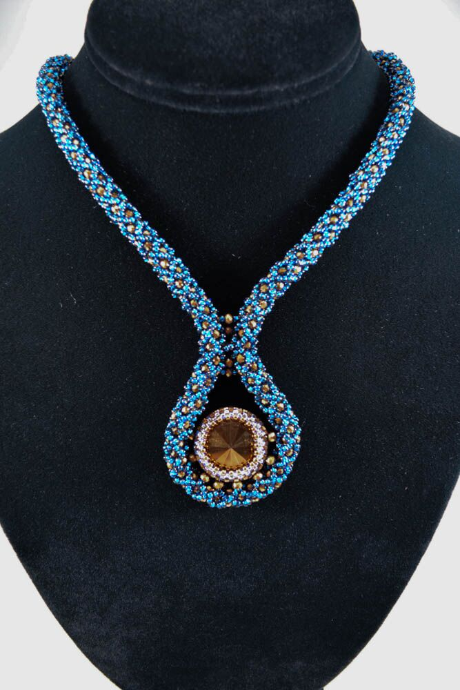 Tawny Teardrop Beaded Necklace